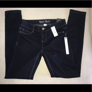 NWT White House Black Market Noir Skinny Jegging